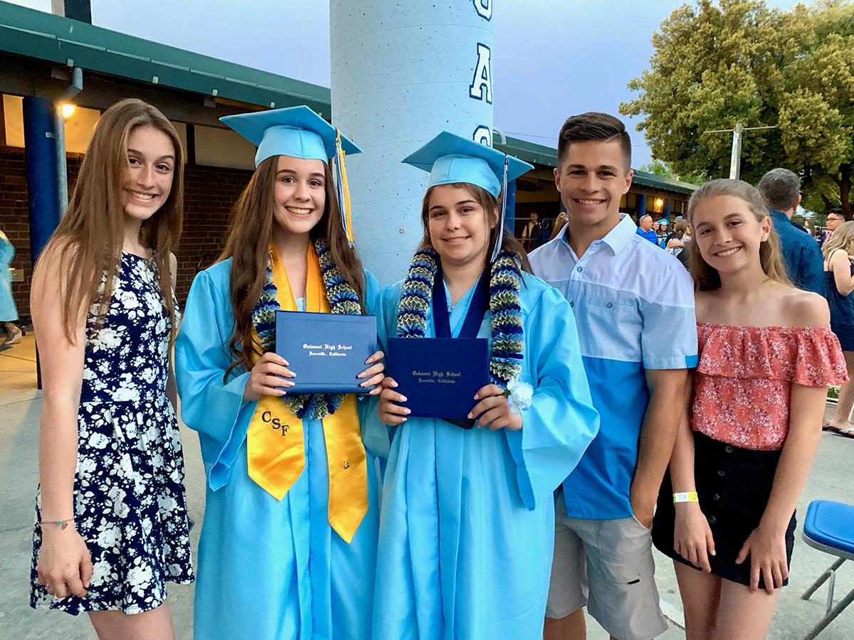 Alexandra, Amanda, with their siblings at Oakmont graduation